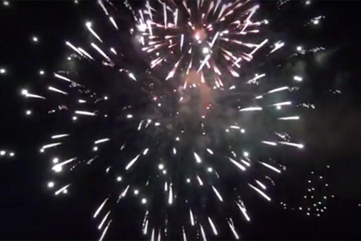 Праздничным салютом завершилось празднование Дня Победы в Абакане