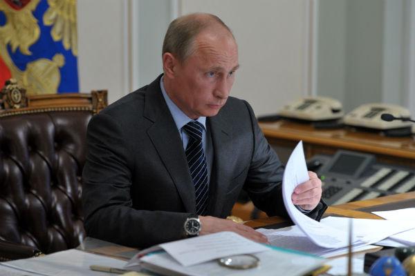 Путин подписал закон о суверенном интернете