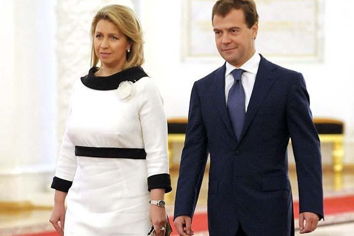 """Правительство РФ опровергло родство жены Медведева и глав """"Мираторга"""""""