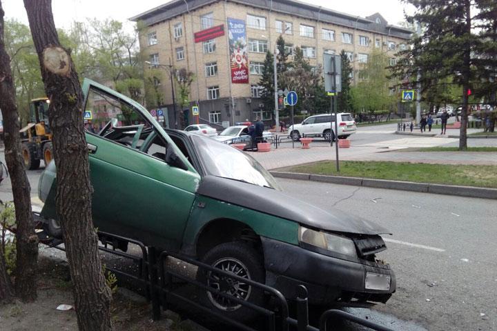 Стражи дорог раскрыли подробности аварии в центре Абакана