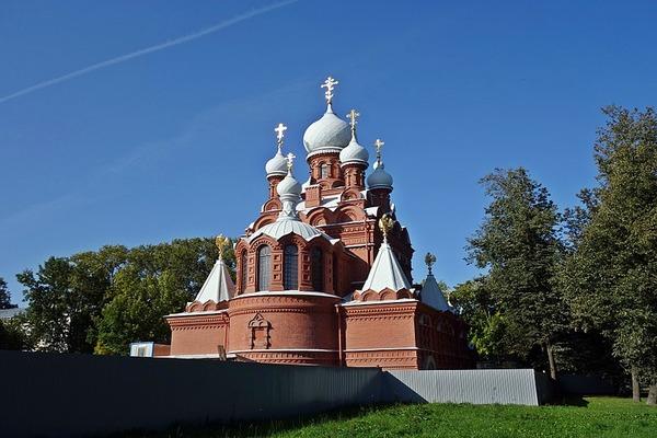 В Пушкинском районе Петербурга стены фундамента церкви «мироточили» ртутью