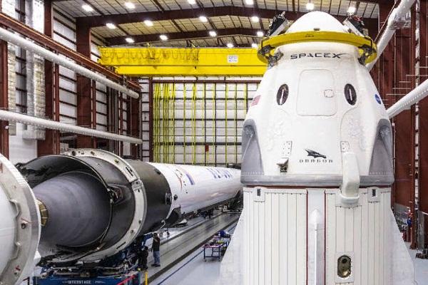 NASA не проводит независимое расследование инцидента при испытаниях Crew Dragon