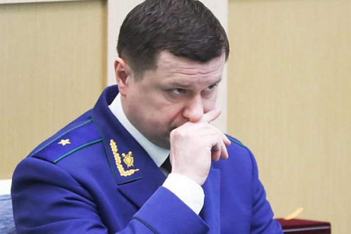В попытках удержать власть Кремль нацеливает на регионы своих последних янычар