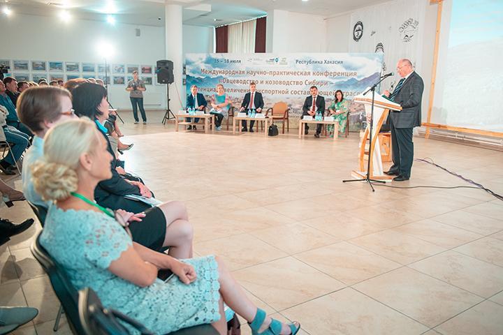В Хакасии разглядели сильные кадры и громадные возможности