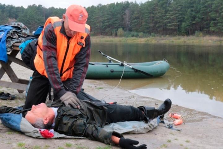 МЧС Хакасии - рыбакам: Умение плавать вам поможет