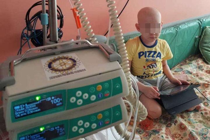 Онкобольному ребенку из-за отдыха врачей отказали в лечении