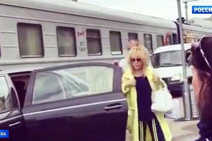 Вайкуле после выходки Пугачевой отказалась встречать ее в Риге