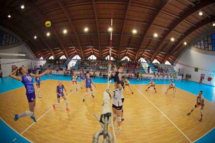 Волейболисты из Хакасии готовятся к первенствам Европы
