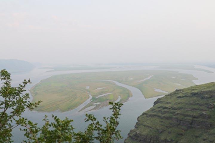 Дым от лесных пожаров Красноярского края окутал Хакасию