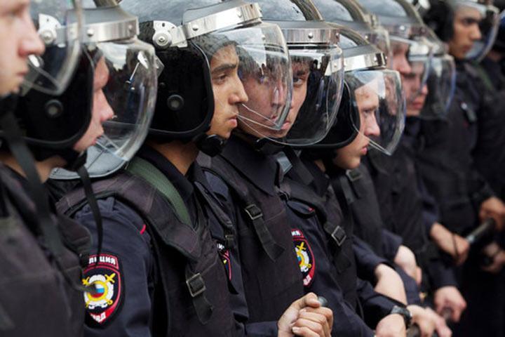 Страховавшая жизнь полицейских компания подала в суд на МВД