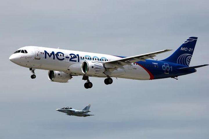 Черное крыло: Россия пытается спасти самолет, в который уже вложили больше $ 5 млрд