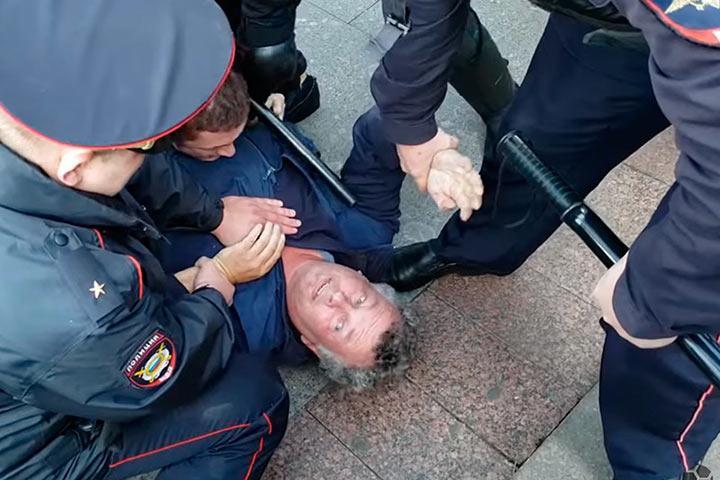 Собянин высказался об акции оппозиции в Москве