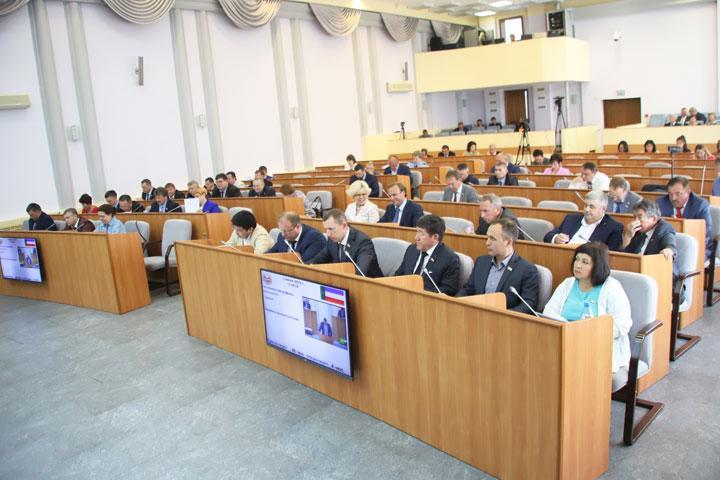 Депутаты Хакасии: Наводить порядок в республике нужно, начав с себя