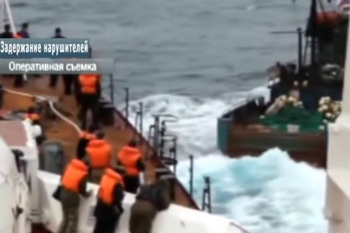 Российские пограничники задержали в Японском море более 80 граждан КНДР