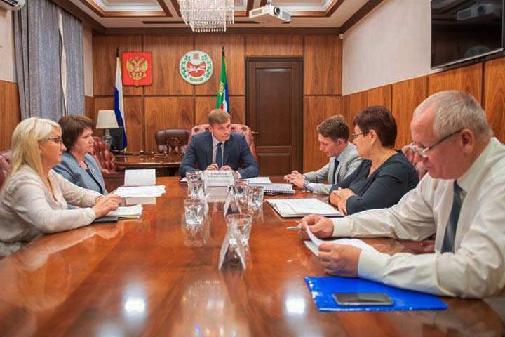 Хакасия готова освоить дополнительные средства на выкуп зданий для детсадов