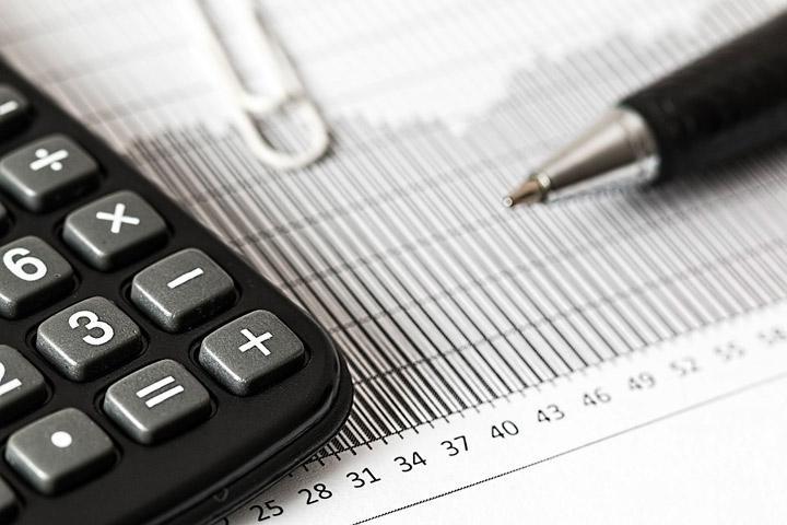 Жителям Хакасии рассказали о льготах по налогам для пенсионеров