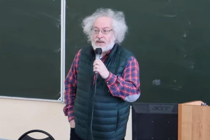 Алексей Венедиктов: Мы будем вам противостоять людоедам и сталинистам