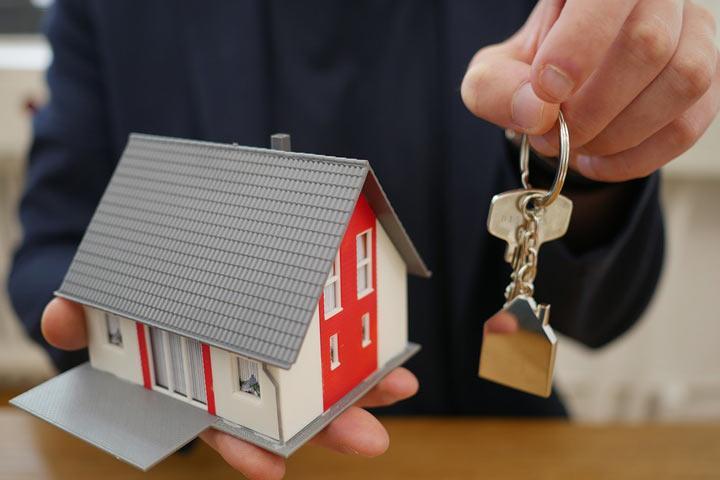 Проект закона: развелись - купите квартиру ребенку