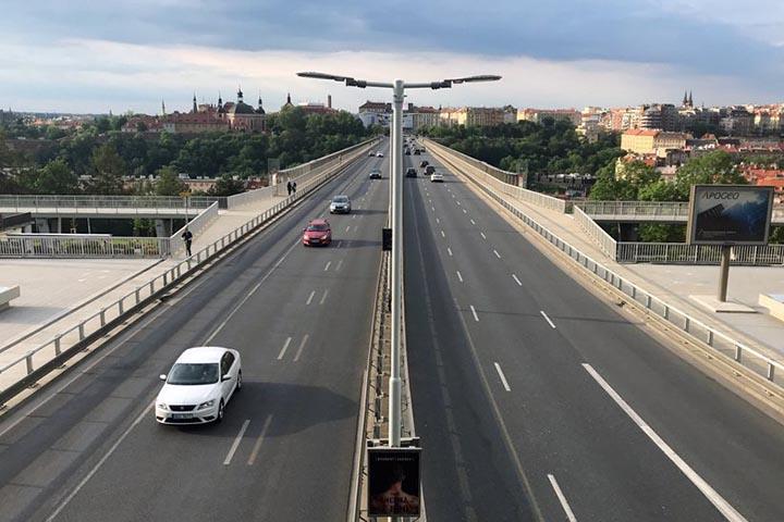 Перемещения российских автомобилей отследят
