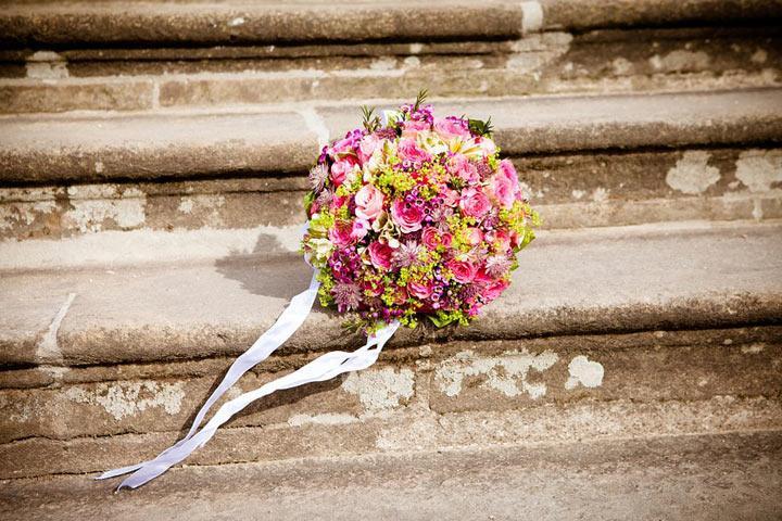 Задолжавшим по алиментам россиянам хотят запретить повторно жениться