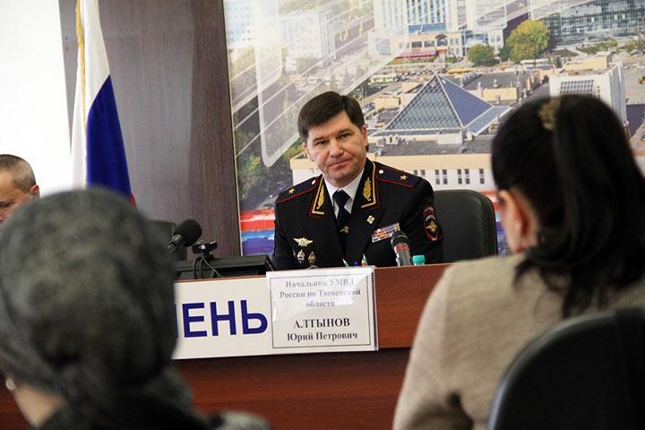 Дело экс-главы МВД о взятке — с «бандой ФСБ», на счету которой 18 убийств