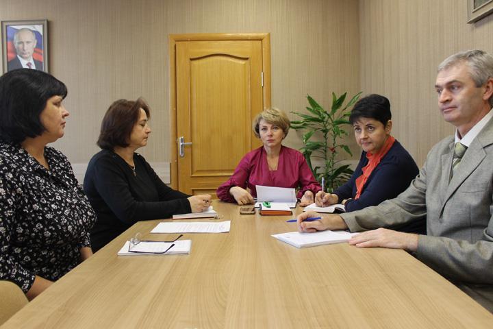 Одиннадцатиклассники Хакасии готовятся к государственной итоговой аттестации-2020
