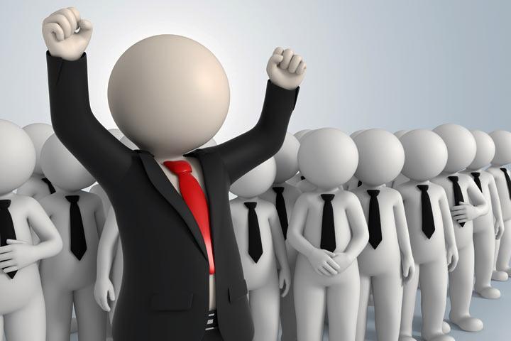Опрос: кто в Хакасии стал самым скандальным политиком уходящего года?